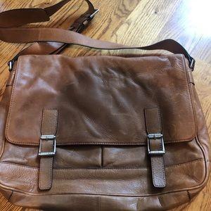 Frye Oliver Messenger bag new